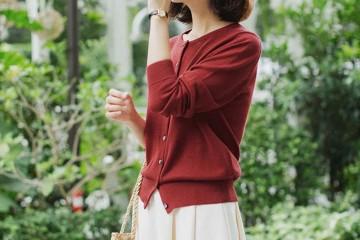 针织开衫加半身裙=显瘦又时尚回头率满分