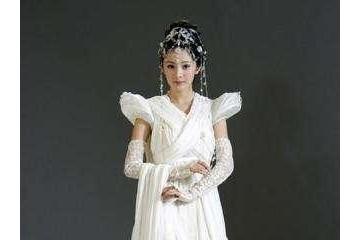 娱乐圈女星穿白衣古装谁最美杨幂和刘诗诗不如她